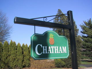 Chatham entrance sign